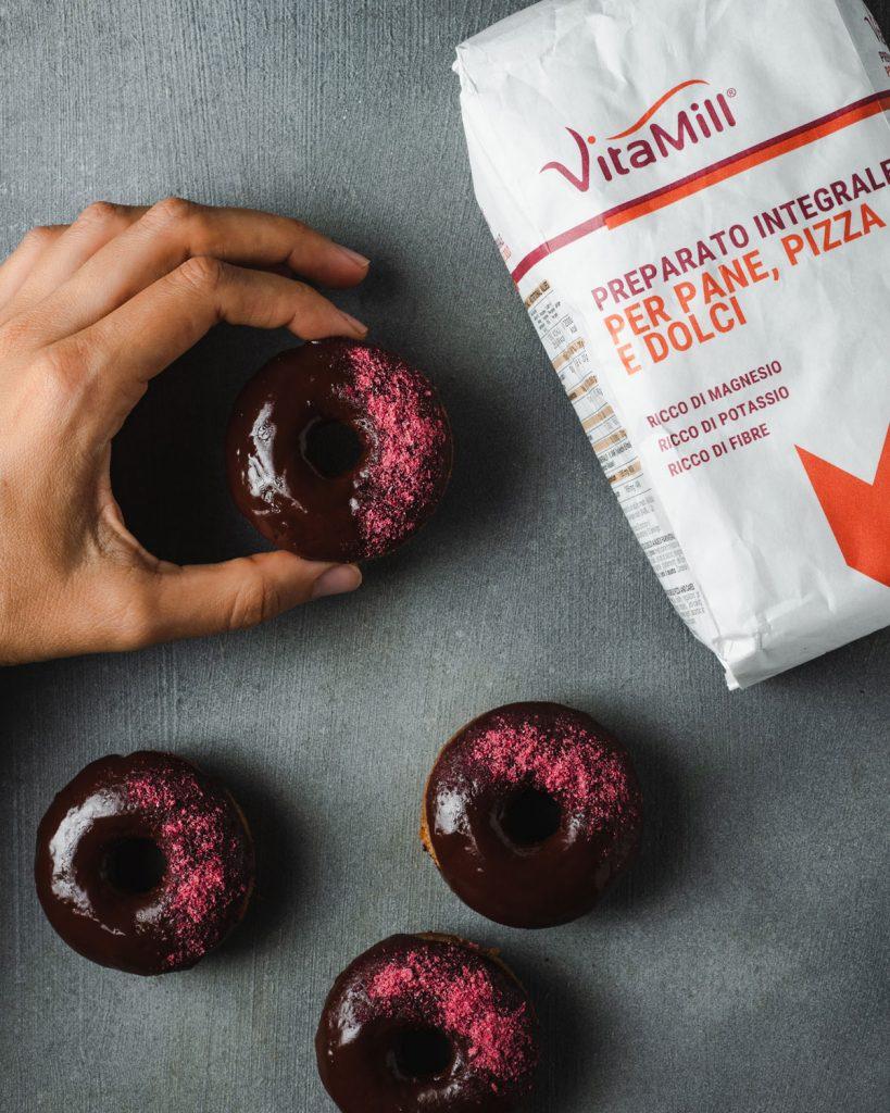 Donuts al Forno Cioccolato e Mirtilli